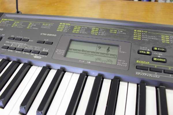電子ピアノ CTK-2200