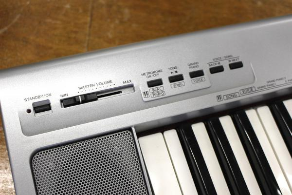 ヤマハのキーボード Portable Grand NP-30
