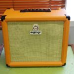 オレンジのギターアンプ Crush 30Rを買取しました