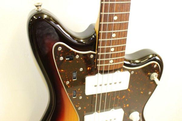 フェンダーのエレキギター ジャズマスター