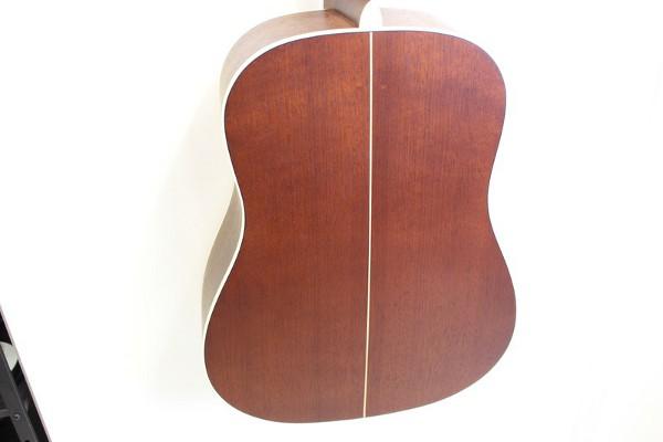 ヤイリギター LO-65HBの背面